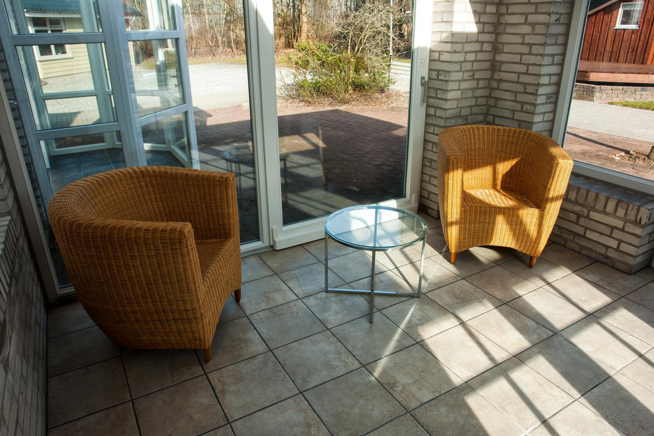 This is a picture of a sunroom.